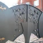 Металлические или деревянные ворота