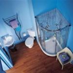 Превращаем маленькую ванную в просторную комнату